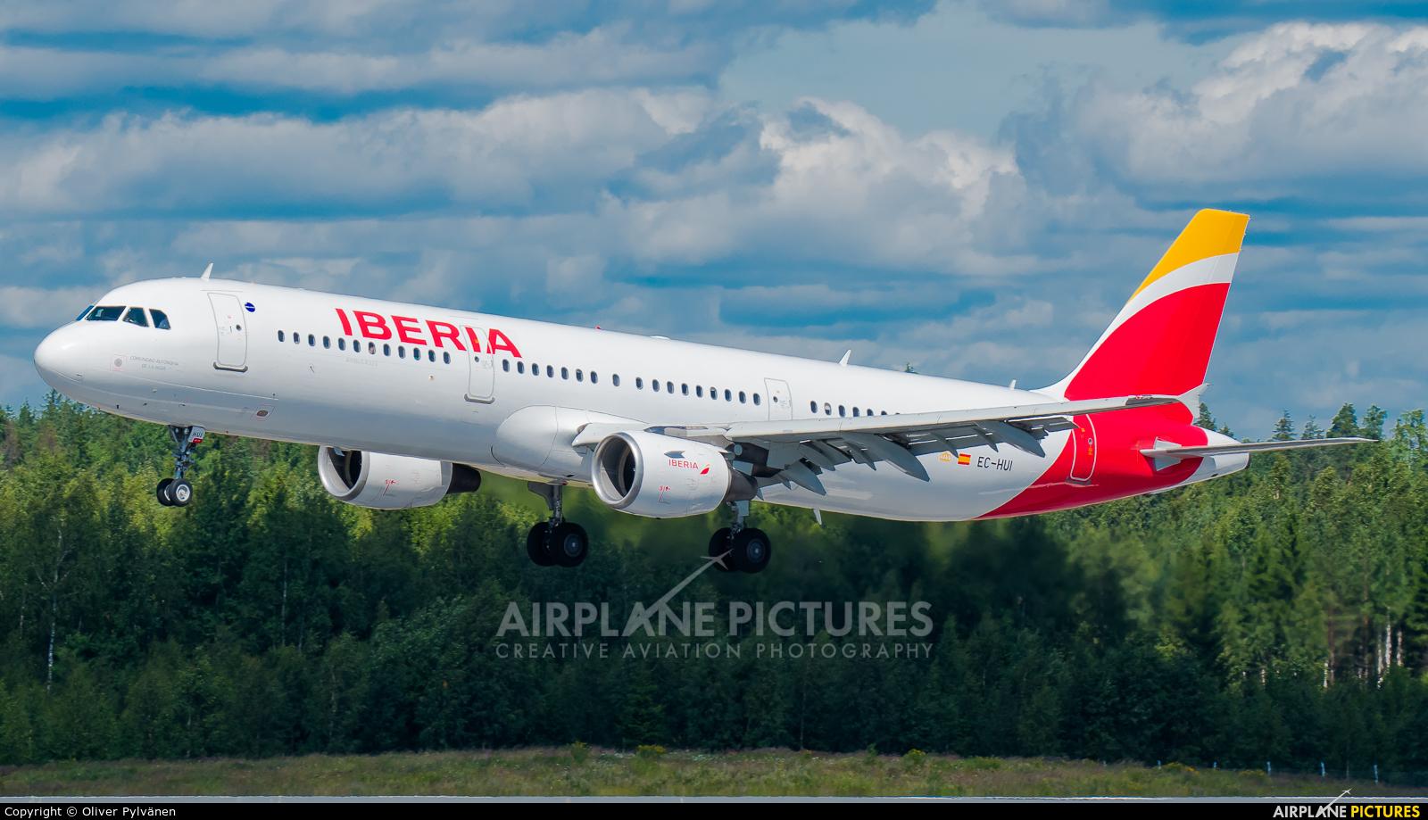 Iberia EC-HUI aircraft at Helsinki - Vantaa