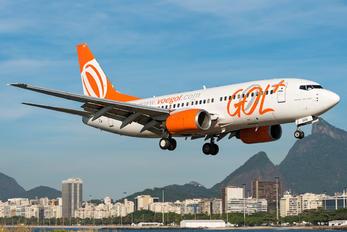 PR-GOQ - GOL Transportes Aéreos  Boeing 737-700