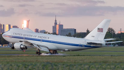 75-0125 - USA - Air Force Boeing E-4B