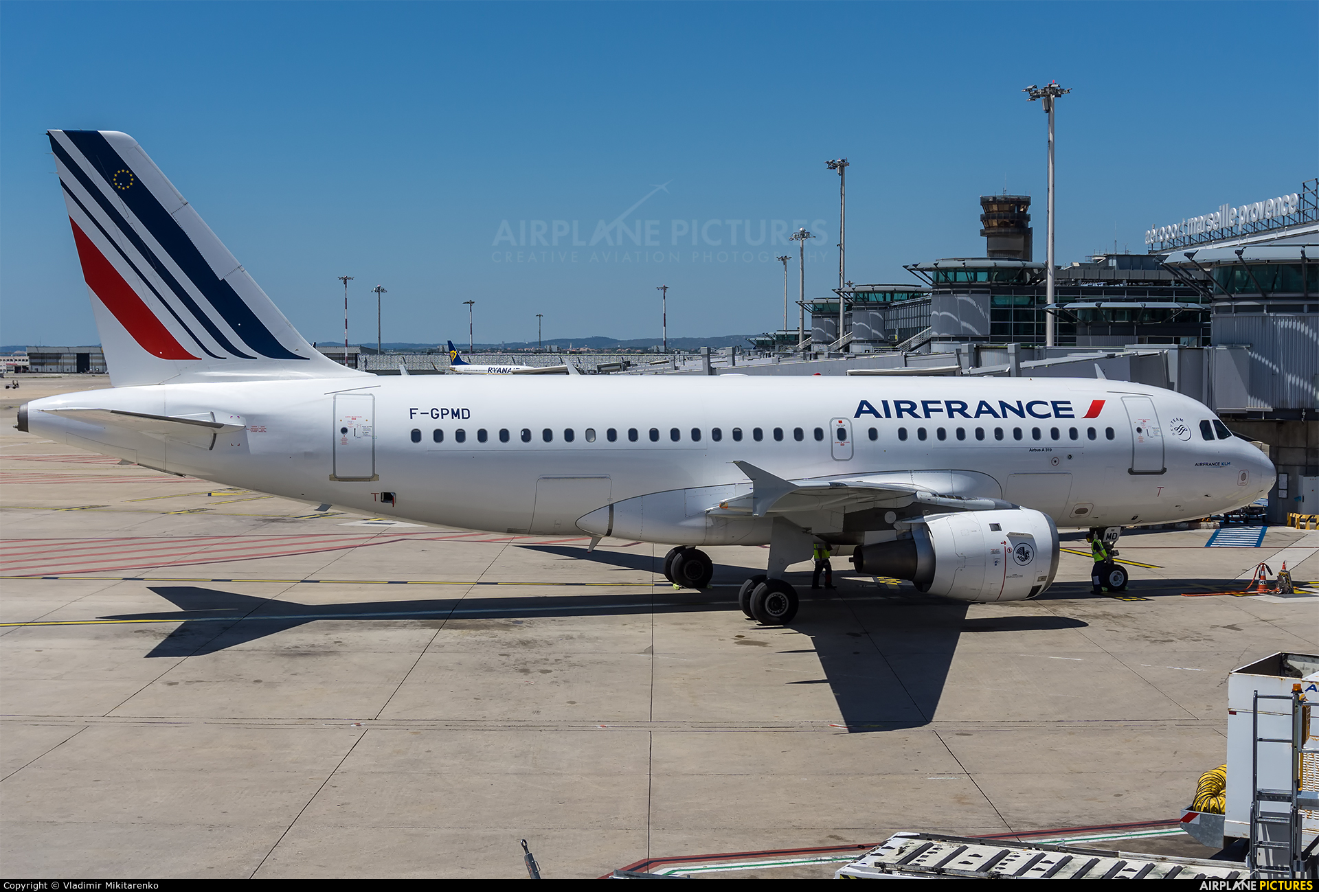 f gpmd air france airbus a319 at marseille provence. Black Bedroom Furniture Sets. Home Design Ideas