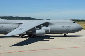 86-0011 - USA - Air Force Lockheed C-5M Super Galaxy