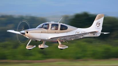 OK-AZA - Private Cirrus SR22