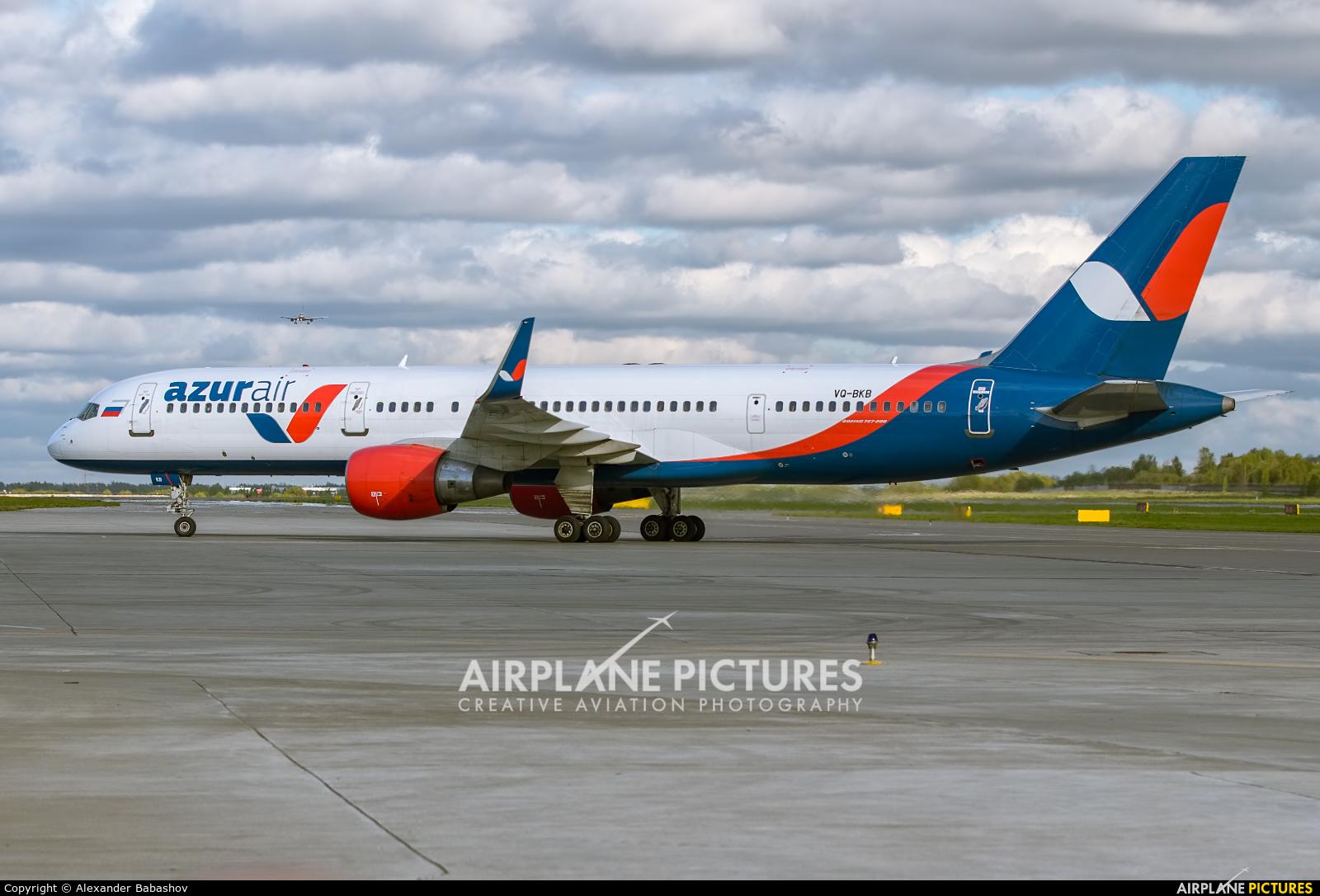 AzurAir Boeing 757-200 VQ-BKB