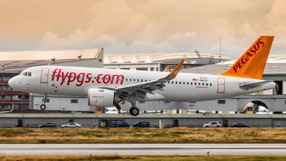 F-WWIQ - Pegasus Airbus A320 NEO