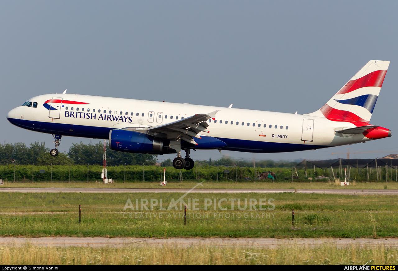 British Airways G-MIDY aircraft at Verona - Villafranca