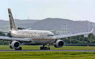 A6-EYR - Etihad Airways Airbus A330-200 aircraft