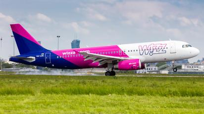 HA-LWC - Wizz Air Airbus A320