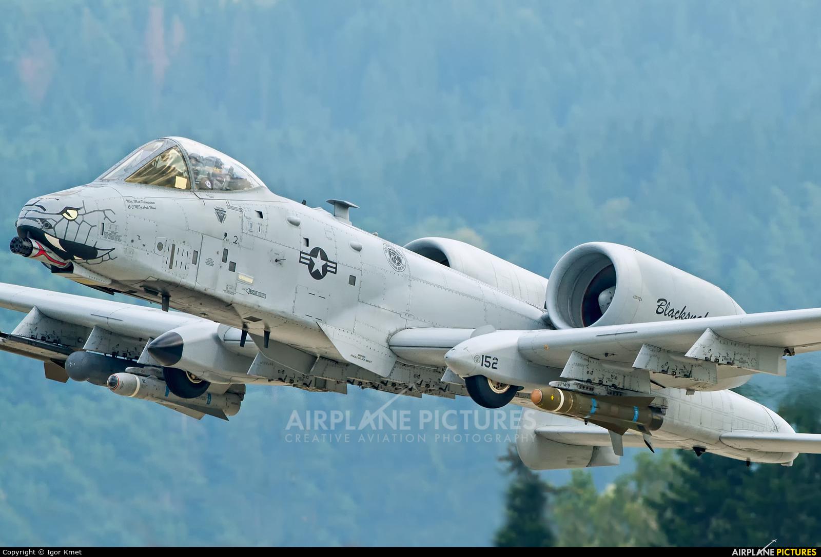 USA - Air Force 152 aircraft at Sliač