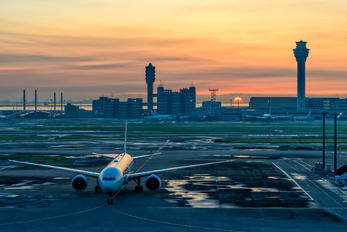 JA731J - - Airport Overview - Airport Overview - Photography Location