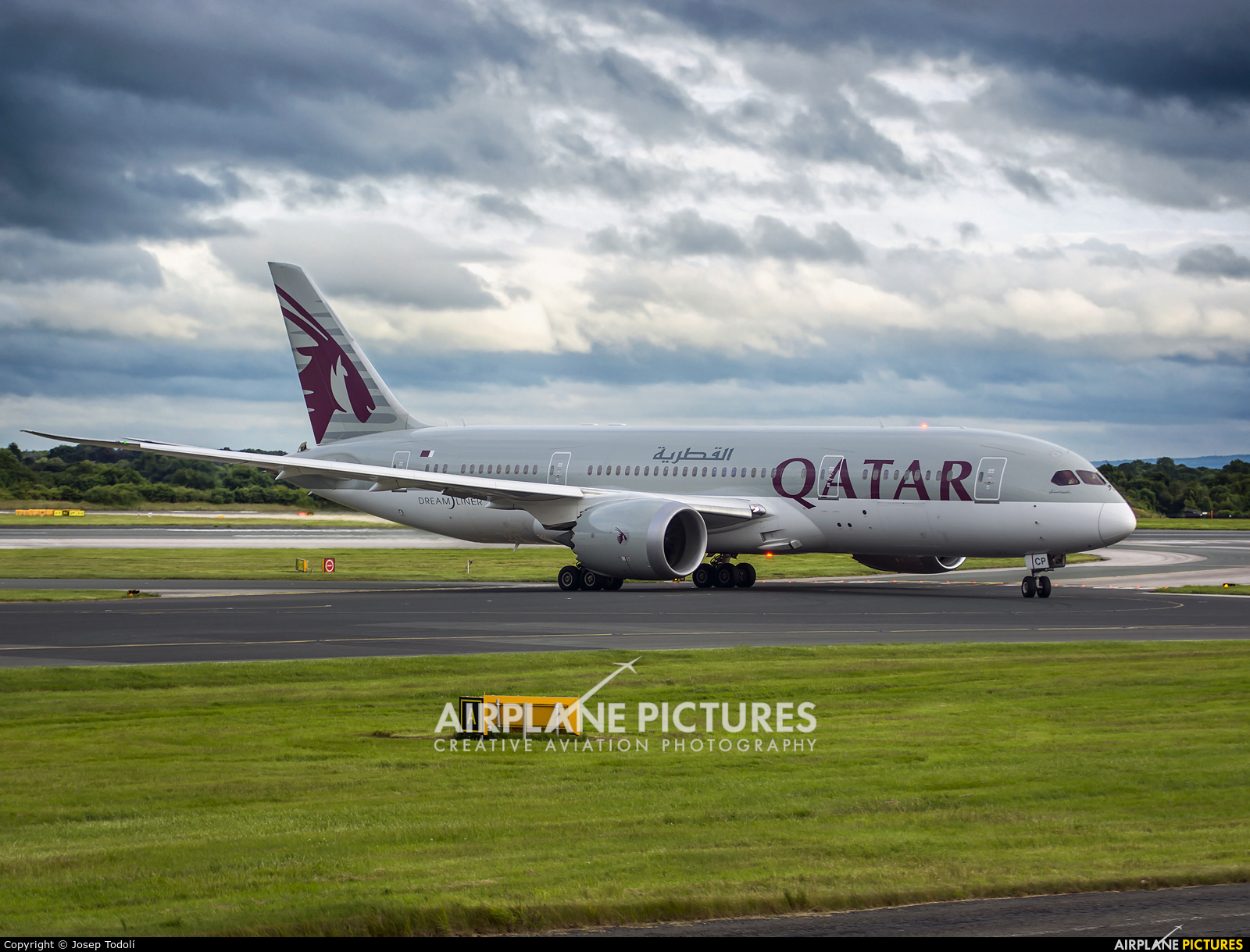 Qatar Airways A7-BCP aircraft at Manchester