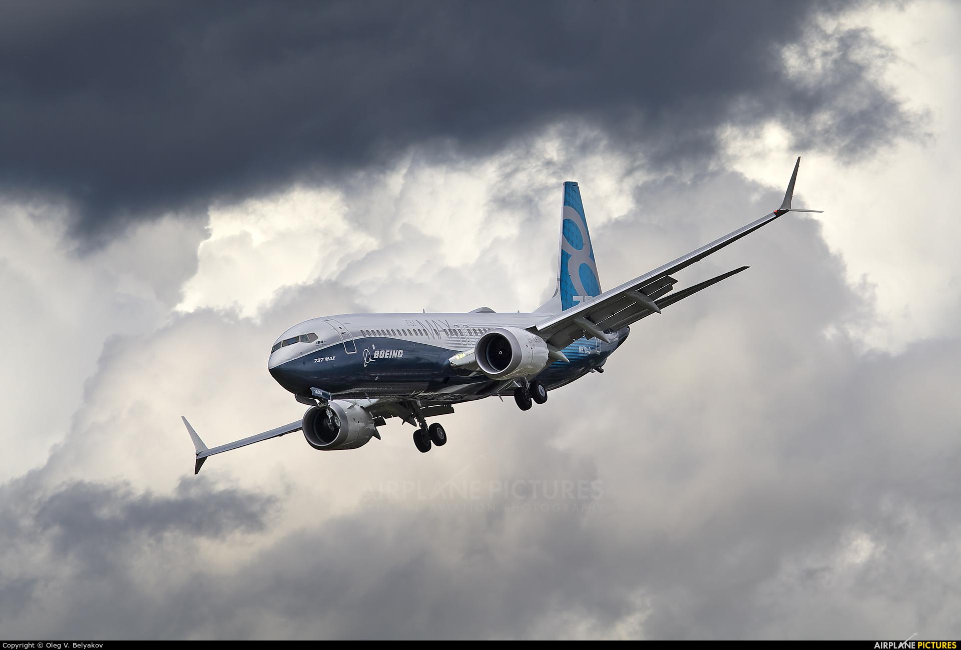 Boeing Company N8704Q aircraft at Farnborough