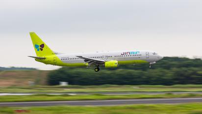 HL7557 - Jin Air Boeing 737-800