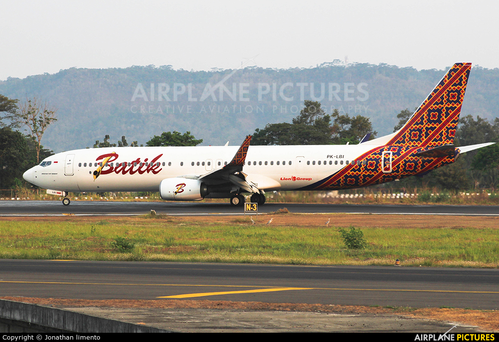 Batik Air PK-LBI aircraft at Adisucipto Intl