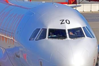 HB-JZO - easyJet Switzerland Airbus A319