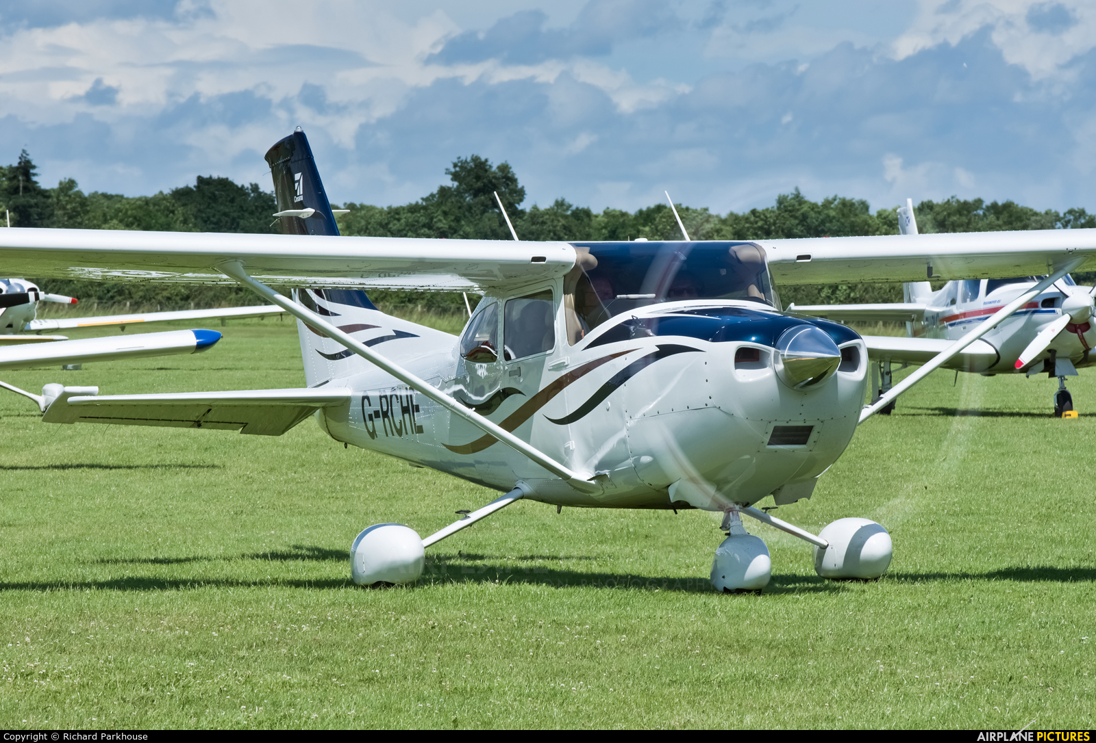 Private G-RCHE aircraft at Northampton / Sywell
