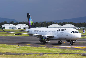 XA-VLP - Volaris Airbus A320