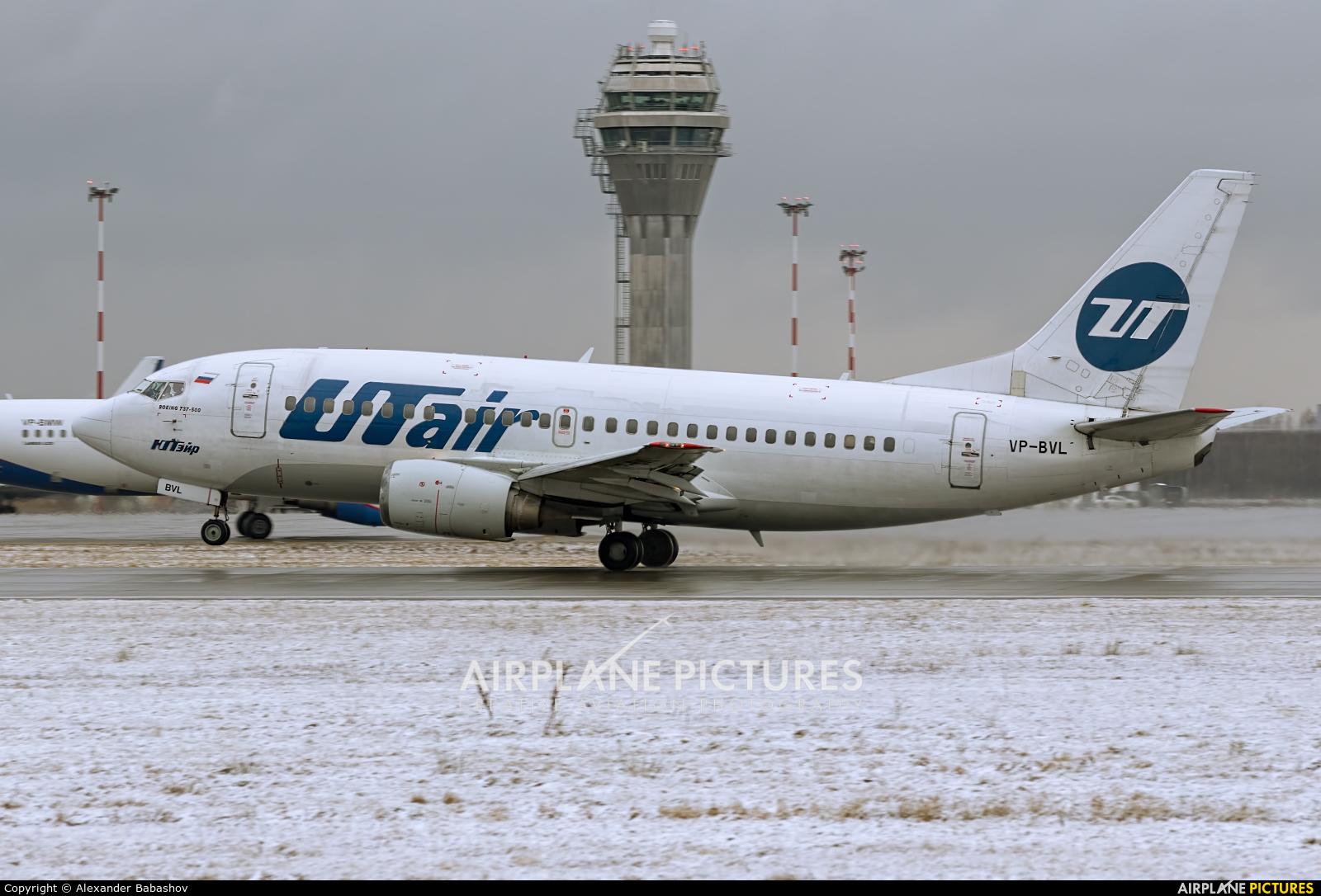 UTair Boeing 737-500 VP-BVL