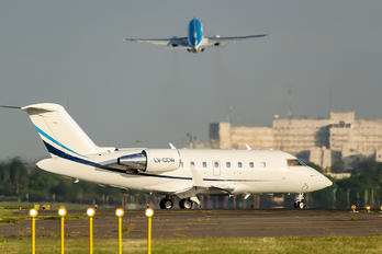 LV-CCW - Private Canadair CL-600 Challenger 605