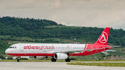 TC-ETJ - Atlasglobal Airbus A321