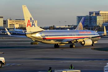 N857NN - American Airlines Boeing 737-800