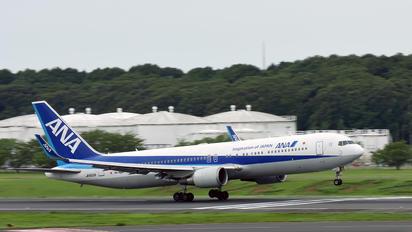 JA620A - ANA - All Nippon Airways Boeing 767-300ER