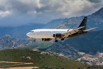 G-ZAPW - Titan Airways Boeing 737-300