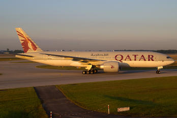 A7-BBI - Qatar Airways Boeing 777-200LR