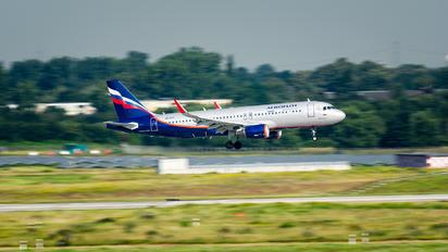 VP-BTI - Aeroflot Airbus A320