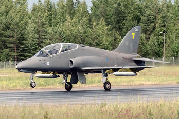 HW-336 - Finland - Air Force: Midnight Hawks British Aerospace Hawk 51