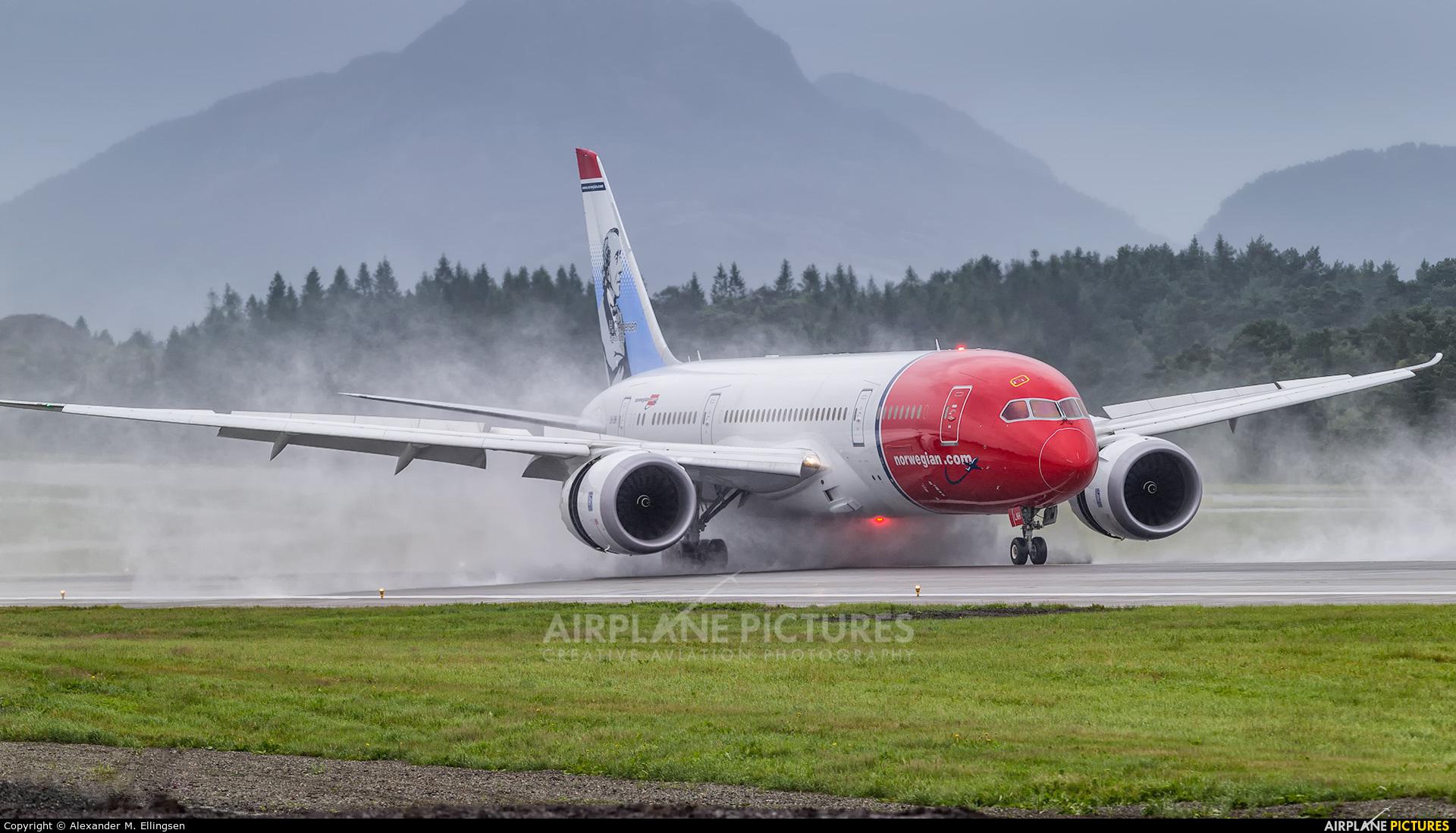 Norwegian Long Haul LN-LNH aircraft at Bergen - Flesland