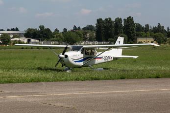 I-UDDY - Private Cessna 172 Skyhawk (all models except RG)