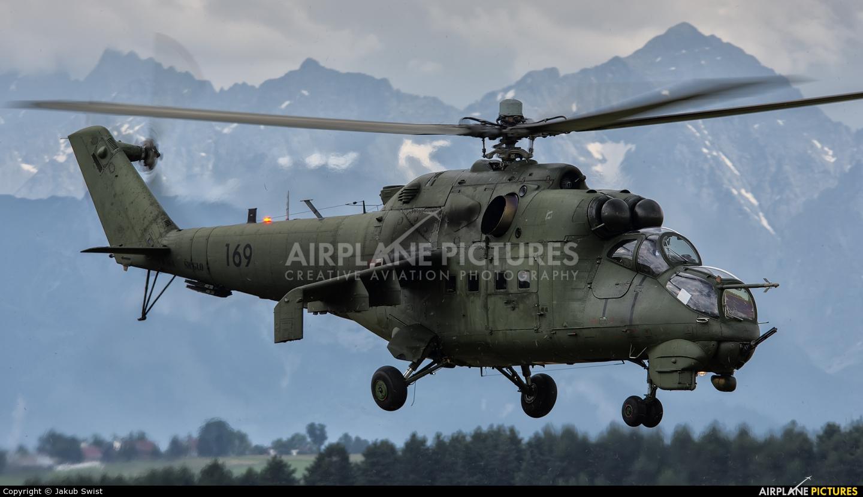 Poland - Army 169 aircraft at Nowy Targ