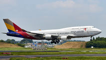 HL7423 - Asiana Airlines Boeing 747-400 aircraft