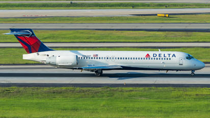 N963AT - Delta Air Lines Boeing 717