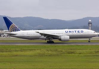 N778UA - United Airlines Boeing 777-200