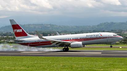 N915NN - American Airlines Boeing 737-800