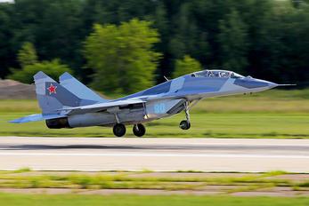 90 - RSK MiG Mikoyan-Gurevich MiG-29UB