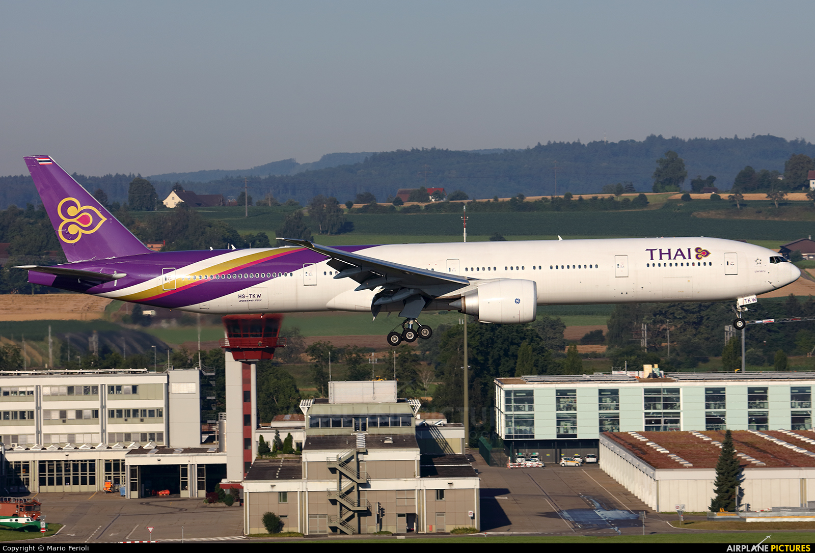 Thai Airways HS-TKW aircraft at Zurich