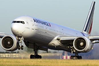 F-GSQI - Air France Boeing 777-300ER