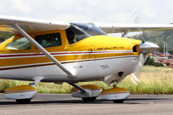 TI-ALT - Private Cessna 182T Skylane
