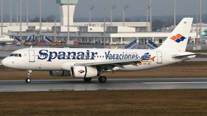 EC-IIZ - Spanair Airbus A320