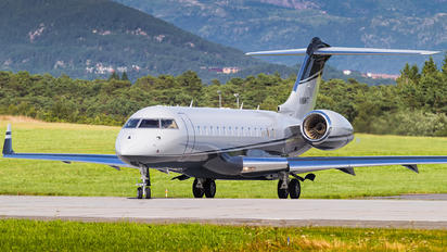 N118WT - Private Bombardier BD-700 Global Express