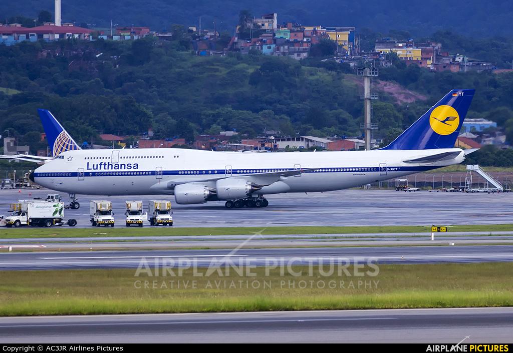 Lufthansa D-ABYT aircraft at São Paulo - Guarulhos