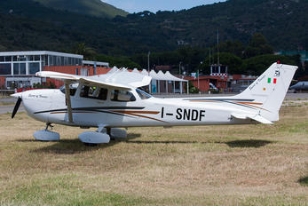 I-SNDF - Private Cessna 172 Skyhawk (all models except RG)