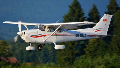 4O-DNA - Private Cessna 172 Skyhawk (all models except RG)