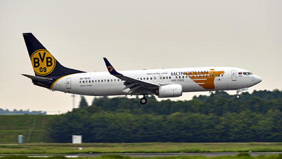 JU-1015 - Mongolian Airlines Boeing 737-800