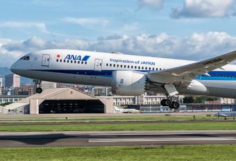 JA838A - ANA - All Nippon Airways Boeing 787-8 Dreamliner
