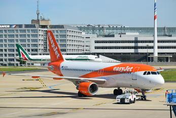 G-EZTA - easyJet Airbus A320