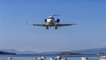 TC-CEA - MNG Jet Bombardier CL-600-2B16 Challenger 604