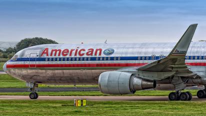 N351AA - American Airlines Boeing 767-300